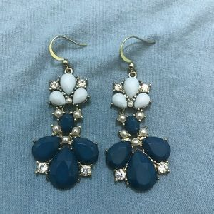 Gorgeous turquoise stone earrings